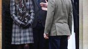 Pippa Middleton and James Matthews all'uscita dalla chiesa dove si sposeranno (Lapresse)
