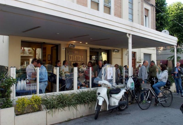 La Gelateria Marselli in viale Tripoli (foto Pasquale Bove)