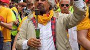 La marcia Perugia-Assisi per il reddito di cittadinanza (foto Ansa)