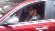 Giampaolo Morelli alias Colinadro al volante della sua amata Alfa Romeo (Schicchi)