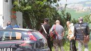 I rilievi dei carabinieri sul posto (foto Antic)