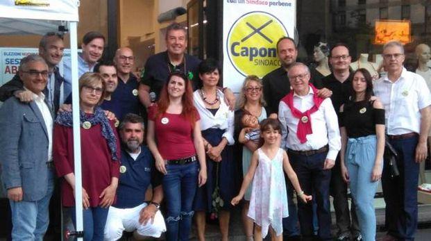 I candidati della lista X Caponi Sindaco