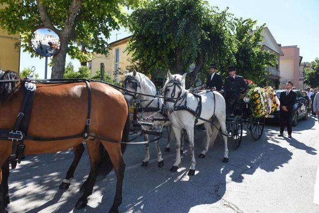 Cavalieri e amazzoni per l'addio a Pinciaroli (foto De Marco)