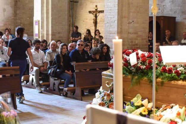 Il funerale di Pinciaroli (foto De Marco)