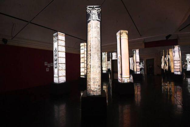 Le 'colonne' di Bologna: grandi colonne/torri retroilluminate (foto Schicchi)