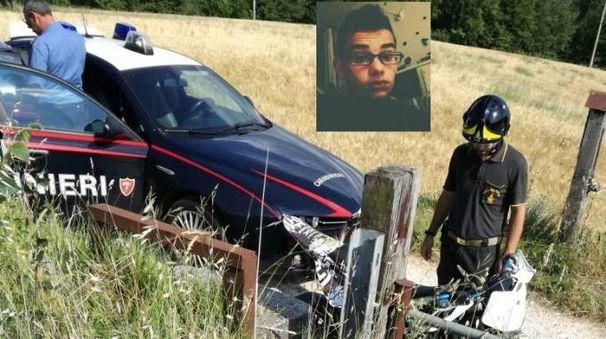 Tolentino, tragico schianto in moto. Muore a 16 anni, grave l'amica 20enne