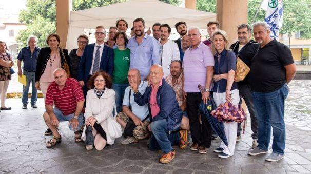Matteo Salvini in piazza a Garbagnate