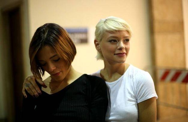 Silvia e Giulia Provvedi in tribunale per il processo contro Fabrizio Corona