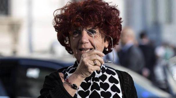 Il ministro dell'Istruzione, Università e Ricerca Valeria Fedeli (Ansa)