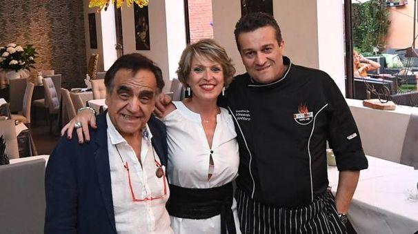 I soci del Vivo Taste Lab: da sinistra, Ugo Zannarro, Licia Mazzoni e lo chef Vincenzo Vottero (Schicchi)