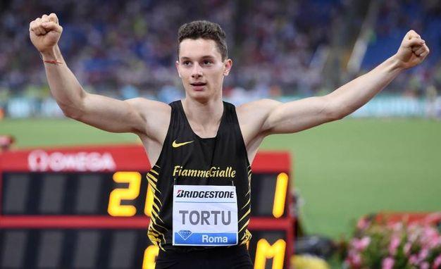 Filippo Tortu esulta al termine della gara (Liverani)