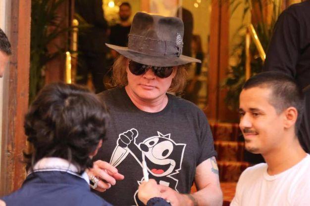 L'incontro con i fan (foto Ansa)