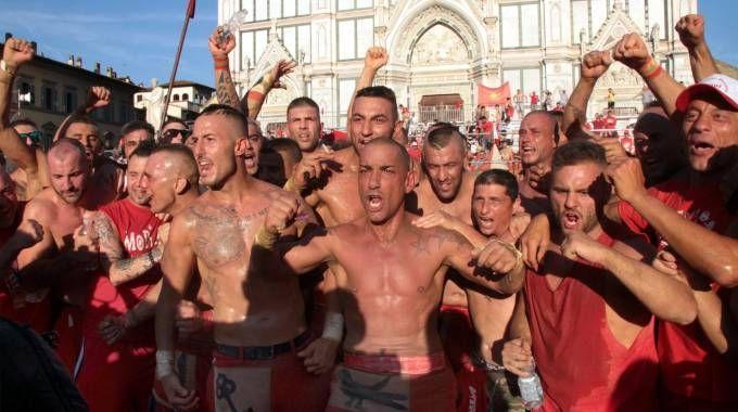 I rossi in trionfo (Umberto Visintini / New Press Photo)