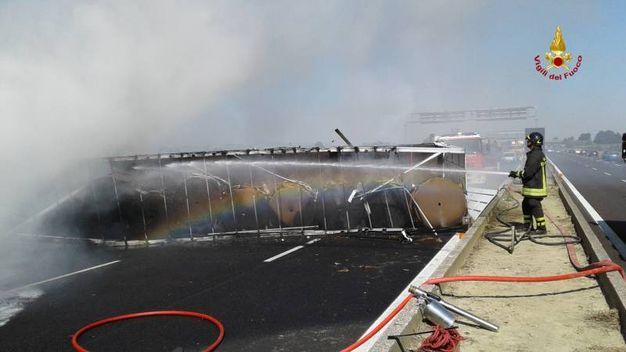 Sono intervenuti anche i vigili del fuoco