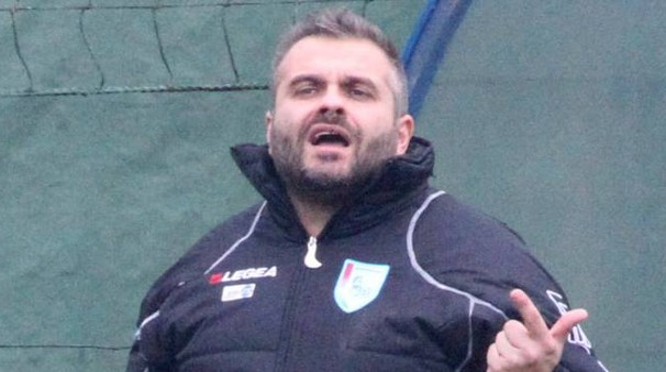 L'allenatore Simone Muccioli (Foto Ravaglia)