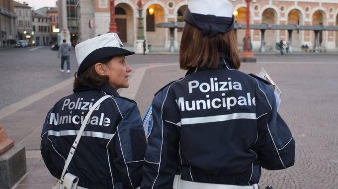 Polizia municipale in una foto d'archivio Frasca