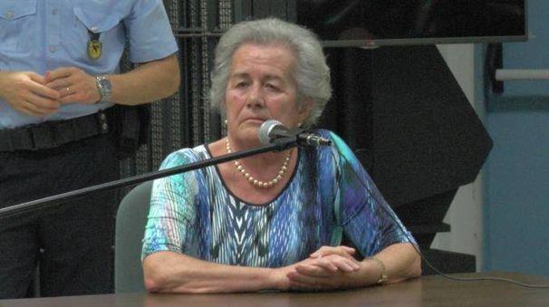 Paola Bettoni nel corso della testimonianza (Newpress)