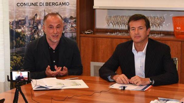 Angelo Pittro e il sindaco Gori alla presentazione dell'UlisseFest (De Pascale)