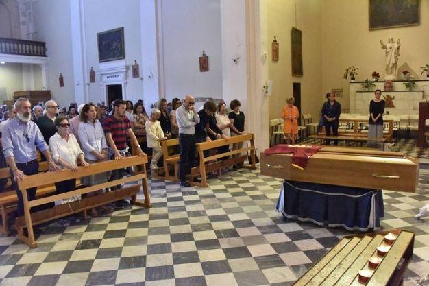 Il funerale di Mauro Lessi nella chiesa di San Jacopo (foto Novi)