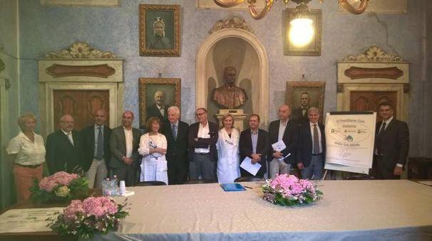 La firma dell'accordo a Voghera