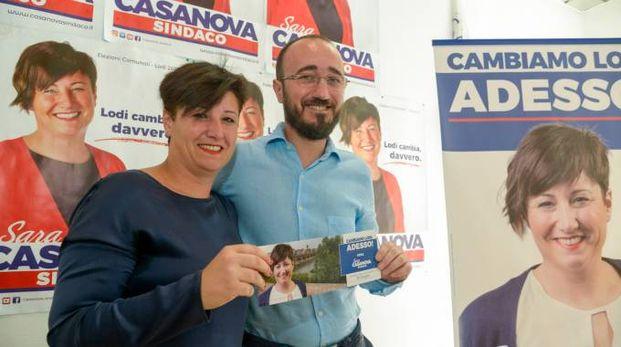 Sara Casanova, 39 anni, candidata leghista che sfida Gendarini al ballottaggio, con  Lorenzo Maggi, 42 anni, terzo al primo turno (Cavalleri)