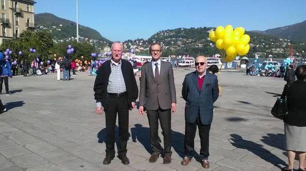 Gianfranco Garganico (sinistra) insieme al sindaco di Como, Mario Lucini