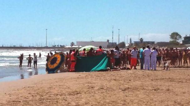 La spiaggia in cui si è consumata la tragedia