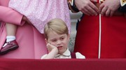 Baby George al Trooping the colour (Ansa)