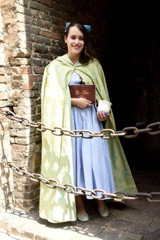 Principesse delle favole a spasso per la città (foto Businesspress)