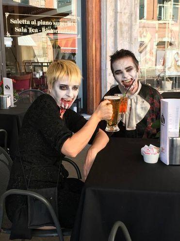Anche i vampiri bevono la birra