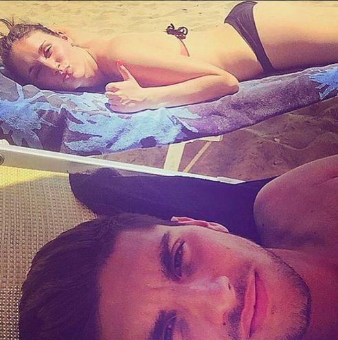 Lorenzo Pellegrini, centrocapmpista del Sassuolo, e Veronica Martinelli (Instagram)