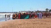 La spiaggia di Grottammare in cui si è consumata la tragedia (Foto Iezzi)