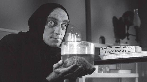 Marty Feldman nel mitologico 'Frankestein jr' in programma il 14 luglio