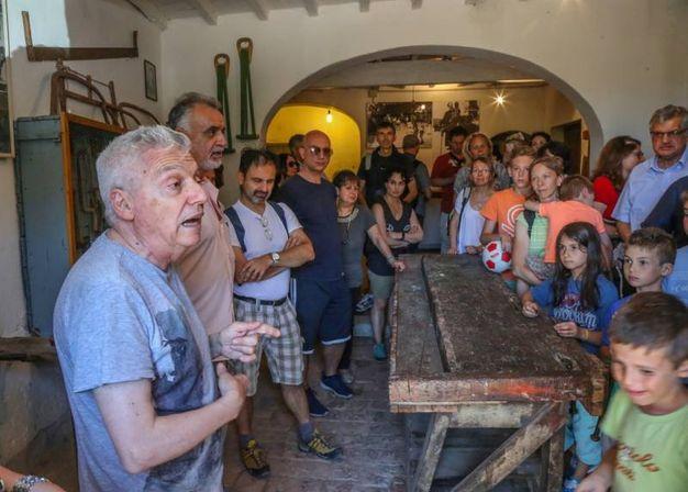 La comunità di Barbiana (Fotocronache Germogli)