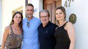Gabriel Omar Batistuta e la moglie Irina hanno visitato le case accoglienza Tommasino, accompagnati da Paolo e Barbara Bacciotti, intrattenendosi con i genitori e giocando con i bambini (foto Umberto Visintini/New Pressphoto)