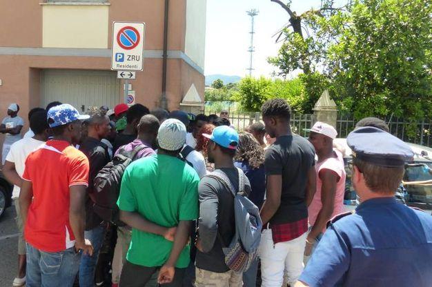 La protesta dei migranti (Foto Cristini)