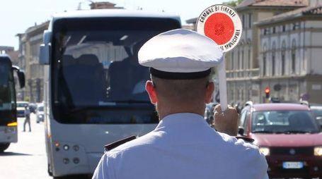 I controlli della Polizia municipale ai bus turistici