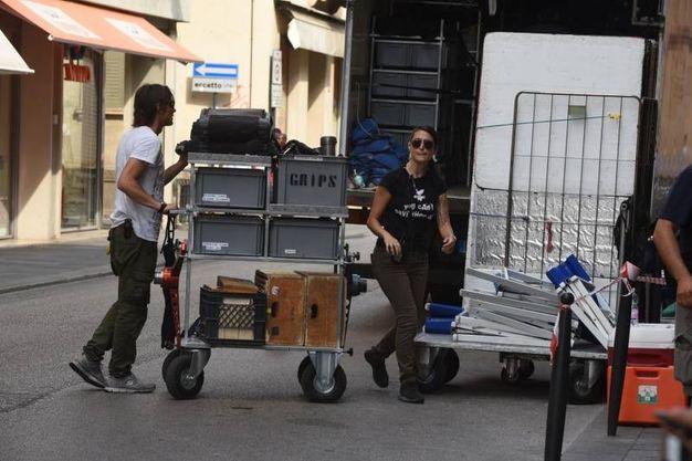 Il set del film di Luciano Ligabue nel cuore della città (foto Artioli)
