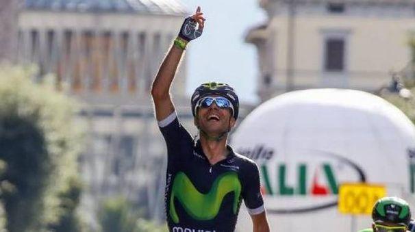 L'arrivo del 2016 in viale Verdi a Montecatini, con la vittoria conquistata da  Giovanni Visconti