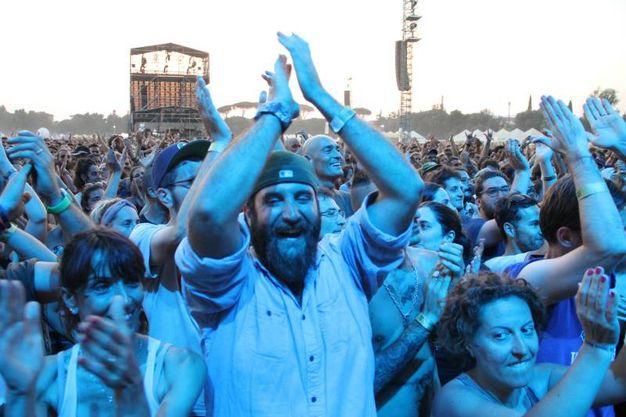 Il pubblico alla Visarno Arena per il festival Firenze Rocks (foto Tania Bucci/New Pressphoto)