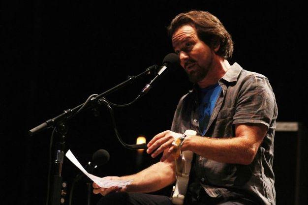 Eddie Vedder al Visarno per il festival Firenze Rocks (foto Tania Bucci/New Pressphoto)