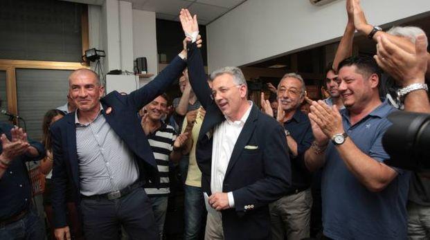 Peracchini nuovo sindaco di La Spezia: la festa dei suoi sostenitori (Frascatore)