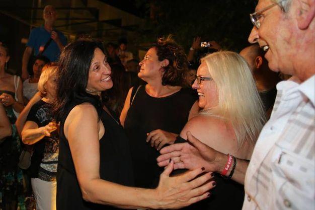 I sostenitori si complimentano con Renata Tosi  (foto Petrangeli)