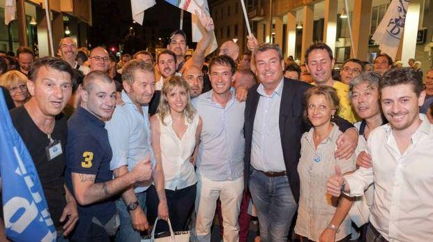 Sesto, la vittoria del nuovo sindaco Roberto Di Stefano (Spf)