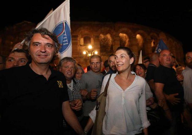 Verona, Federico Sboarina con la moglie Alessandra (Ansa)