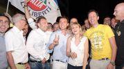 Festa in piazza dopo il clamoroso risultato a Sesto San Giovanni (Spf)