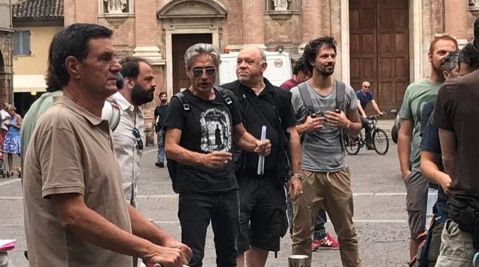 Luciano Ligabue impegnato nelle riprese