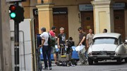 Il set di 'Made in Italy' in piazza San prospero (foto Artioli)