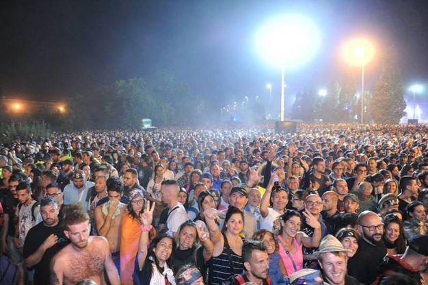 Il concerto è durato ore ed è stato un successo, fan entusiasti (foto Fiocchi)