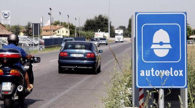 Una delle postazioni fisse dell'autovelox sulla via Emilia a Santarcangelo